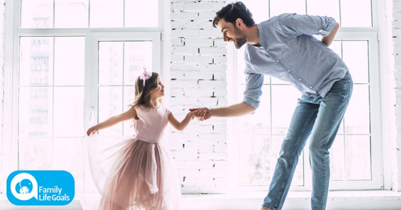 "Image of Dad Takes Daughter on The Cutest ""Date"" Ever"
