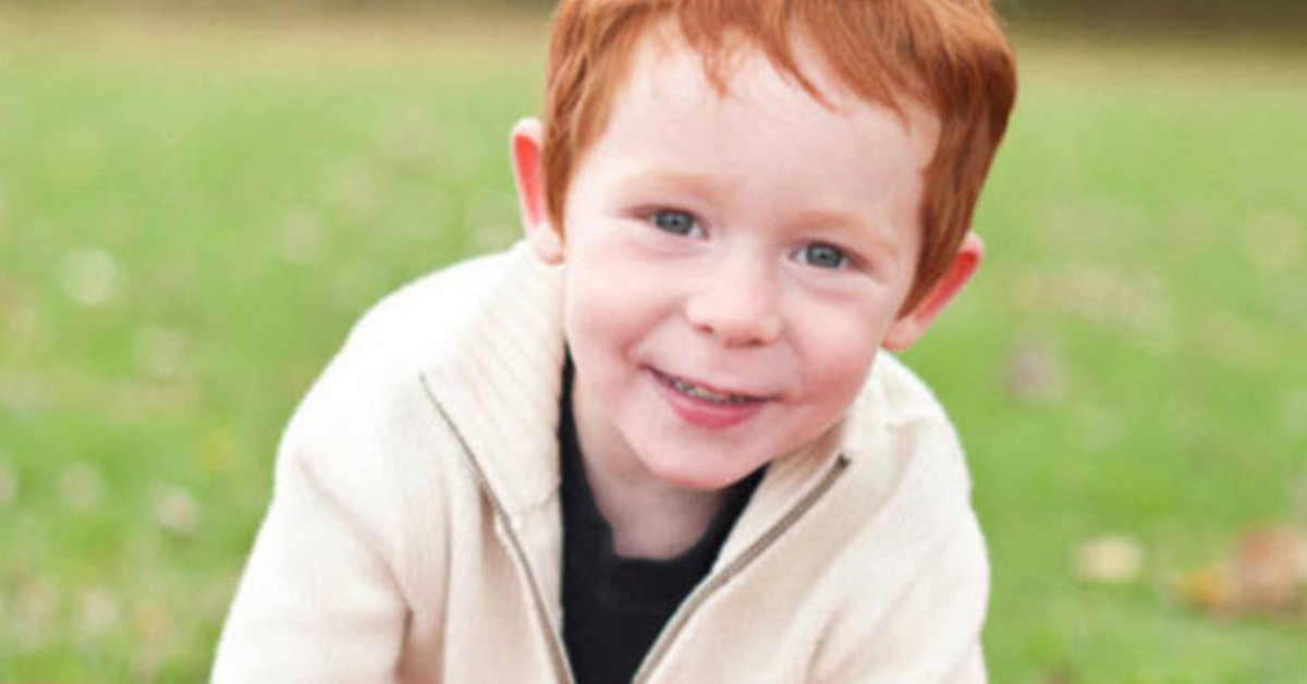 3-year-old boy heartbroken due to bullying from other kids because of his red hair